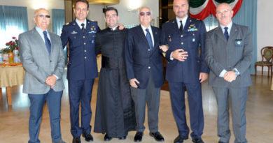 Il Gen. Tarantino alla Scuola Volontari A.M. di Taranto
